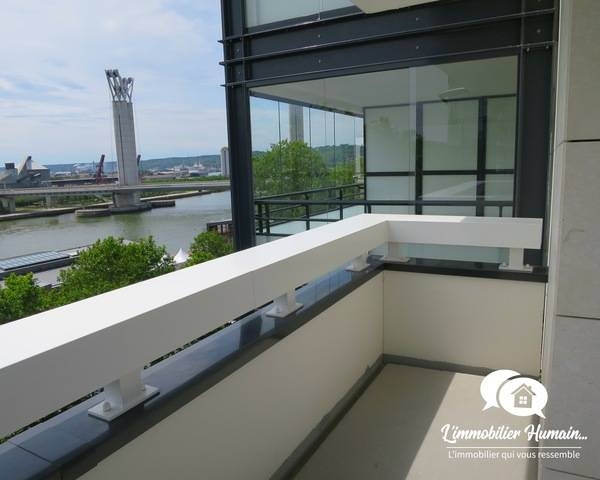 Appartement F4 d'exception, vue panoramique, 36 m2 balcons/terrasse  - Balcon et loggia