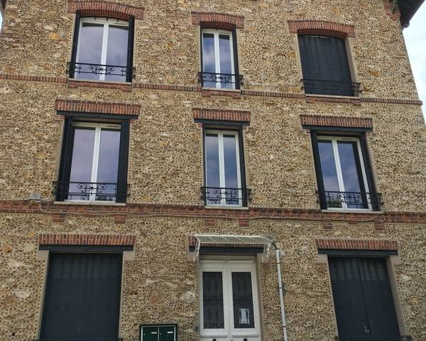 Appartement à 2 minutes à pied du centre ville et de la foret - Img 0669