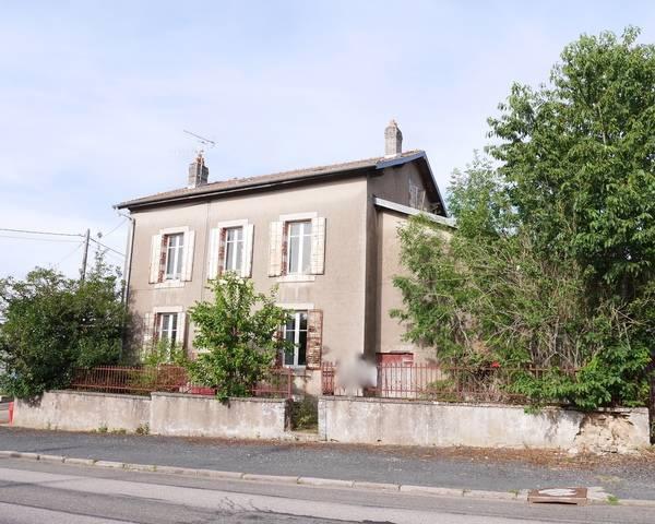 FAIRE OFFRE Maison à rénover - P1160179