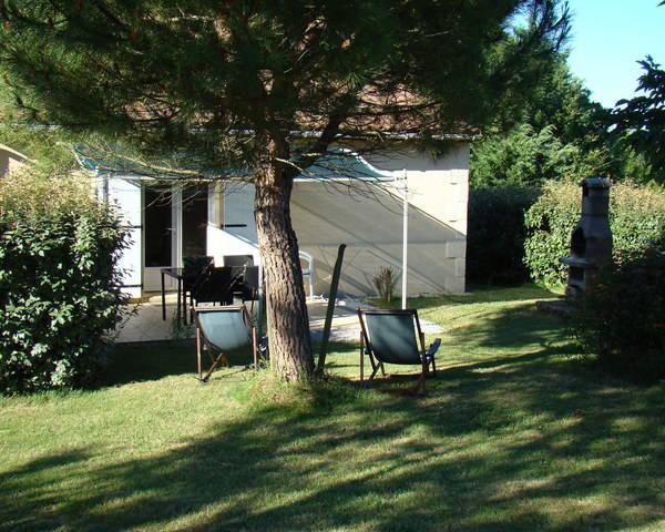 Village de 9 maisons/gîtes sur 43000 m² de terrain - Dsc02554