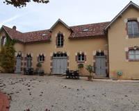 Château et son domaine viticole médaillé - 20191028 152107