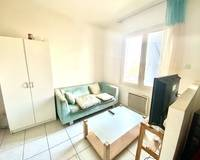 5 appartements - Dbe0ba90-4df6-4379-a43c-5aab3c87534c