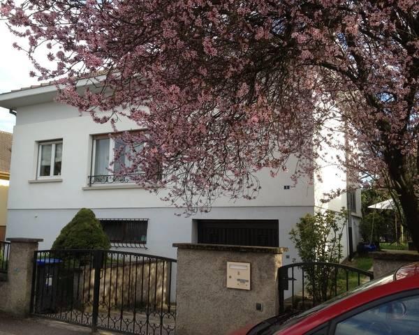 Maison 8 Pièces Rénovée 170 m2 Cour et Jardin - 2013-04-15 18.07.02